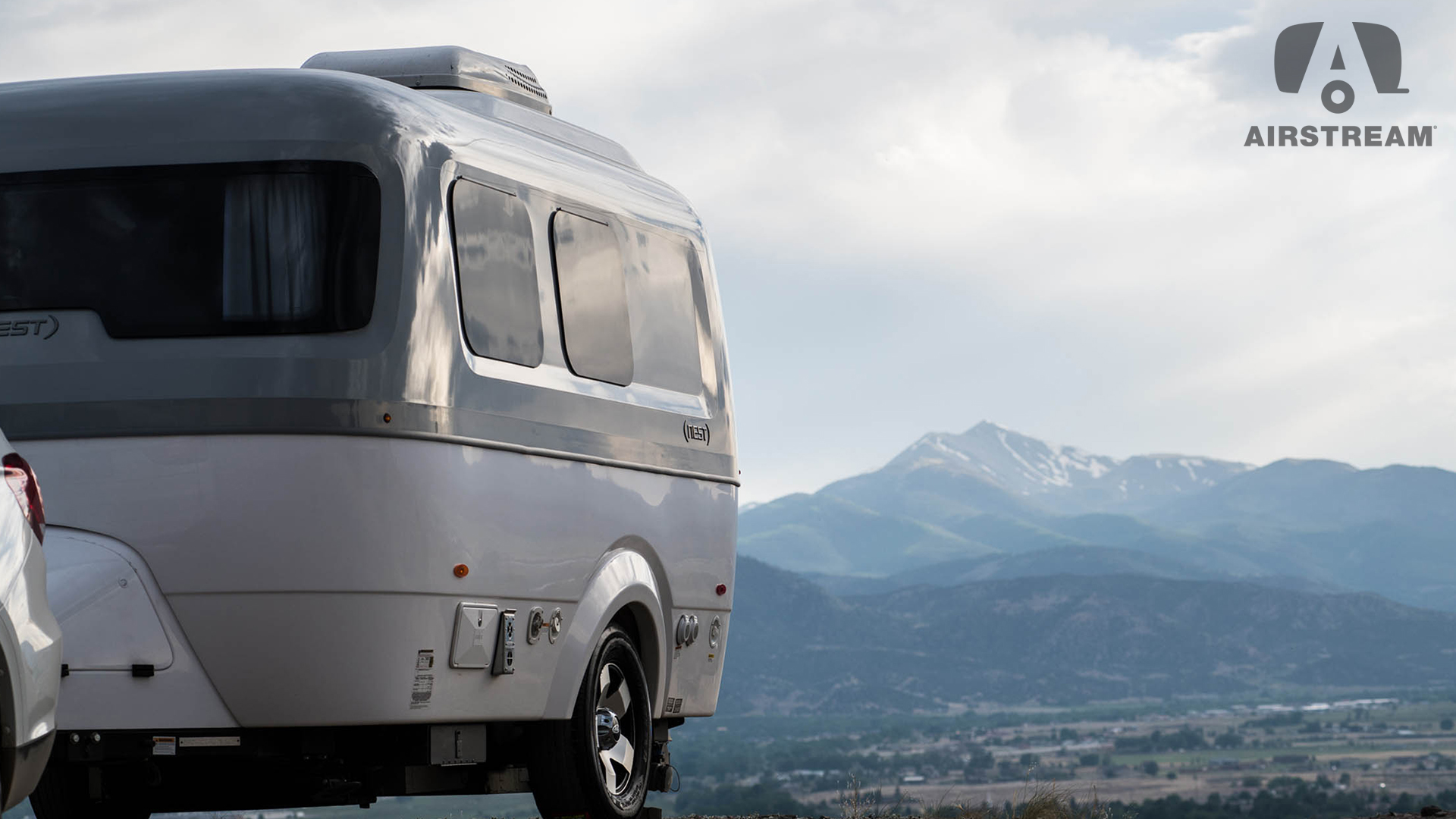 Nest by Airstream Lifestyle Virtual Background